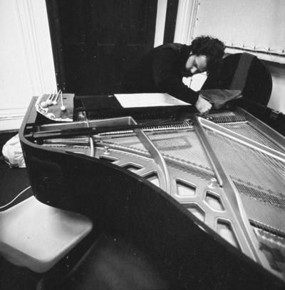 Large 1978grupo de musica contemporanea jorge peixinho primeiro semestre 78 79 02
