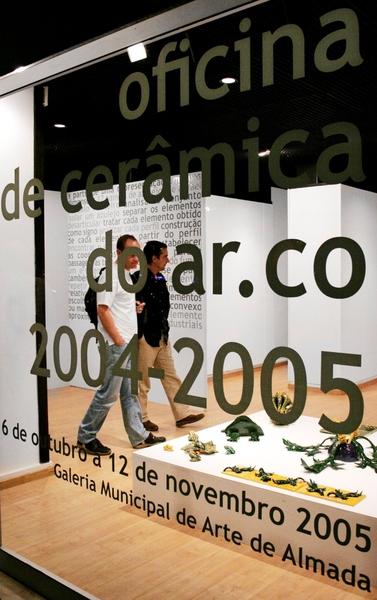 Large expo ceramica almada galeria munici 2005xxxx