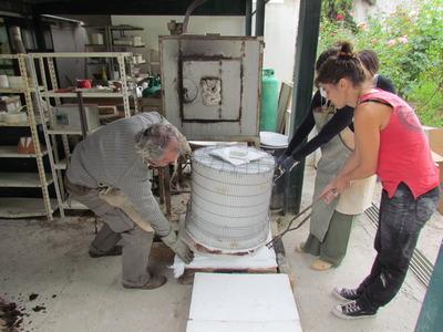 Large constru  o forno port til para raku dirigido por martim santa rita 2011
