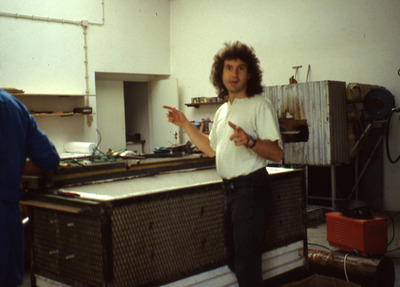 Large a constru forno vidro 88 terry davidson 01