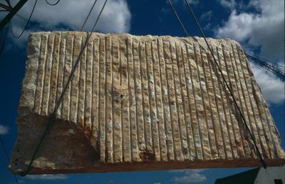 Large simp. escultura pedra    vora 81   6